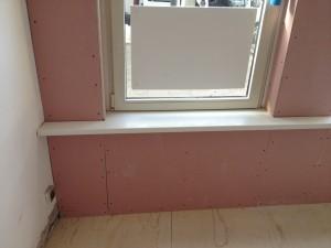 Eindresultaat voorzetwand met vensterbank